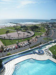 Amphitheatre from the pooldeck of Elangeni Hotel, Durban Paises Da Africa, South Africa, Beautiful Buildings, Beautiful Places, Namibia, Safari Adventure, Kwazulu Natal, North Beach, New South