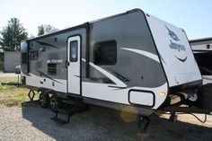 Check out this 2016 Jayco Jay Feather 23RLSW listing in Corbin, KY 40701 on RVtrader.com. It is a Travel Trailer and is for sale at $21990.