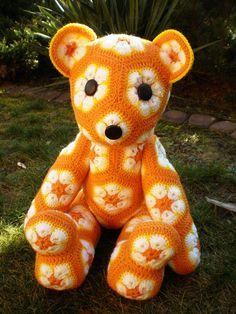 Handmade crochet toys Teddy Bear African Flower door LanaGatto