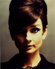 "Audrey/••••""The Nun Story"" ""Funny Face"" w/Fred Astair; ""How to Steal a Million"" w/Peter O'Toole; ""Sabrina"" w/Humphrey Bogart, William Holden; ""Breakfast at Tiffany's"" w/George Peppard; ""Wait Until Dark"" w/Richard Crenna and Alan Arkin; ""My Fair Lady"" w/Rex Harrison"