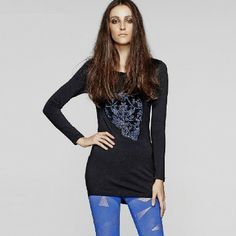 Simple Delicate Skull Pattern Elastic Round Collar Long Tees | Stuff I Need