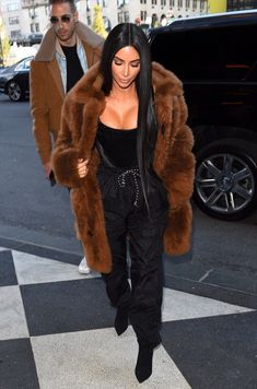 February 16th, 2017 - Kim out in NYC
