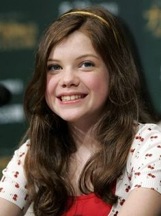 (S's doppelganger) Georgie Henley - Lucy in the Narnia series