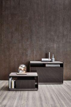 Riqueza de materiales utilizados y un diseño riguroso son los elementos que caracterizan 5050, una colección de complementos de dormitorio diseñada por