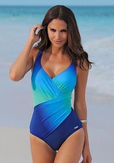 Shop Blue & Turquoise Tie-Dye One-Piece online by LASCANA for your perfect one piece swimsuit. Bathing Suits One Piece, One Piece Bikini, One Piece Swimwear, Beachwear Fashion, Beachwear For Women, Bikini Fashion, Women's Fashion, Monokini Swimsuits, Tankini