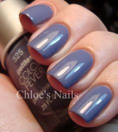Uñas en azul vaquero :-)