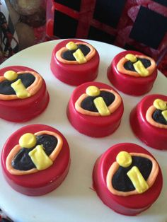 covered Oreos at an Incredibles birthday party! See more party planning ideas at ! Incredibles Birthday Party, Minnie Birthday, 6th Birthday Parties, Birthday Bash, Birthday Ideas, Birthday Sweets, Birthday Stuff, Cake Pops, Chocolate Covered Treats
