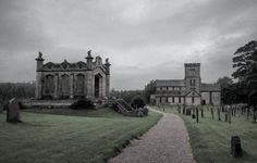 The Church of St Michael's Lowther was built in 1686 out of stones from a previous medieval church. The interior is rather sparse however the original columns remain and a Viking hogsback gravestone lies in the porch. On the left is the mausoleum of William Lowther 2nd Earl of Lonsdale.  _ #igw_gothika #lowtherpark #graveyard_freaks #old #tv_churchandgraves #history #graveyard_life #dark #project_necropolis #sombresociety #historic #sombrescapes #loves_united_england #burial #church_masters…