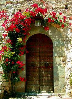Cool Doors, Unique Doors, Garden Doors, Garden Gates, Entrance Doors, Doorway, Door Knockers, Door Knobs, Beautiful Places
