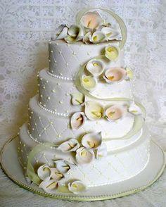 Special Fondant Wedding Cakes ♥ Yummy Vintage Wedding Cake
