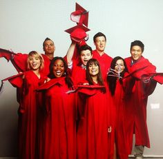 Glee Season 3 Graduation Photoshoot BTS