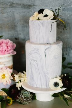 Get ideas for your own romantic industrial wedding, with today's luxe warehouse wedding inspiration by Jeff Brummett Visuals and Keestone Events Wedding Doves, 20s Wedding, Wedding Cake, Wedding Bells, Unique Wedding Favors, Unique Weddings, Real Weddings, Industrial Wedding Inspiration, Warehouse Wedding