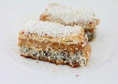 Prajitura cu crema de cafea Romanian Desserts, Romanian Food, Romanian Recipes, Food Cakes, Vanilla Cake, Coco, Tiramisu, Cake Recipes, Picnic