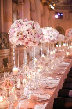 Trendy Wedding Reception Centerpieces For Round Tables Sophisticated Bride 54 Ideas Mod Wedding, Trendy Wedding, Perfect Wedding, Wedding Reception, Dream Wedding, Wedding Day, Reception Table, Wedding Table Ideas Elegant, Wedding Blog