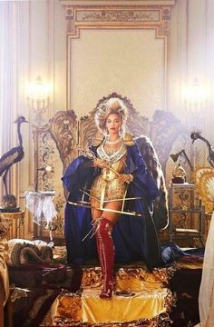 Could This Be It?! Beyonce's Royal Vogue Image Is Leaked & It May Have You Hailing King Bey!    Read more: http://globalgrind.com/style/beyonce-vogue-march-2013-spread-photos-leaked#ixzz2JTX71Vd9