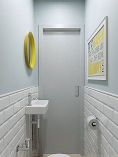 Decorando com a Si : BBB: banheiros bonitos e baratos Wc Bathroom, Bathroom Toilets, Small Bathroom, Home Interior, Bathroom Interior, Small Toilet Room, Downstairs Toilet, Toilet Design, Small Room Bedroom