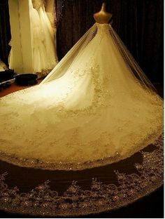 White Ivory Ball Gown Bridl Dress Cathedral Train Wedding Dresses Sz 4 6 8 10 | eBay