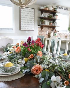 How to Create the Perfect Summer Table - Start at Home Decor Place Settings, Table Settings, Dream Master Bedroom, Farmhouse Table, Rustic Farmhouse, Funky Junk, White Flowers, Tablescapes, Garland