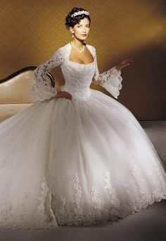 Eve Of Milady 4284 Size 3 Wedding Dress