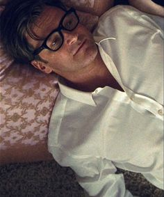 "A Single Man (2009) - ""Sometimes awful things have their own kind of beauty."""