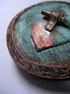 Raku pottery, with very interesting lid~ beautiful!