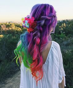 "color-head: ""https://www.instagram.com/hieucow/ """