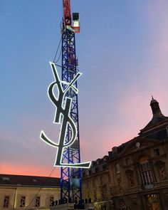 Saint Laurent - Paris Fashion Week