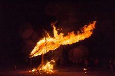 Bird // Stork // Ugninės žolinės // Fire sculpture by Mantyvdas Vilys and Jordi NN