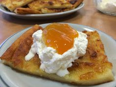 Griddle Cakes, Crepe Cake, Mille Crepe, Crepes, Sweet Recipes, Pancakes, French Toast, Food And Drink, Pudding