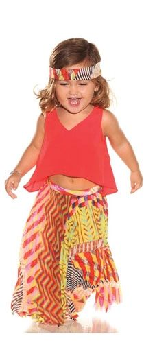 the CoOl Kids - Sarah Chintomby Chintomby Moyer tell Chris Armstrong that Im going to sew clothes for all your babies that all look like this. Hippie Baby, Boho Baby, Hippie Kids, Cute Kids, Cute Babies, Baby Kids, Future Baby, Future Daughter, Baby Love