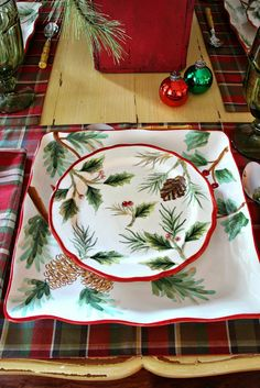 Savvy Southern Style: Christmas in the Breakfast Room 2013