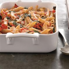 Easy Dinner: Easy Baked Tomato Pasta with Spinach-Shape Magazine
