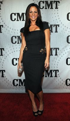 Sara Evans looking gorgeous at CMT Artists of the Year