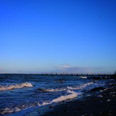 Smuk februar morgen #beautiful #outdoor #nature #landscape #bestofscandinavia #fynerfin #vildmedfyn #igdaily #igscandinavia #danmark #nofilter #vsco #vscocam #picoftheday #photooftheday #instagood #instamood #instadaily #assens #assensnatur #visitassens #visitdenmark #instapic #instagram #friluftsliv  #beach #sea