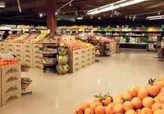 food merchandising trends: color vs. function speaks to premium and seasonal themes.