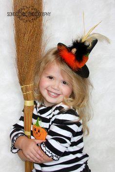 emma - mini witch hat! love!