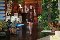 dakota johnson reveals how fifty shades affects her dating 04 Dakota Johnson sits down for an interview on The Ellen DeGeneres Show, airing on Friday (September 18).    The 25-year-old actress revealed that she is single and…