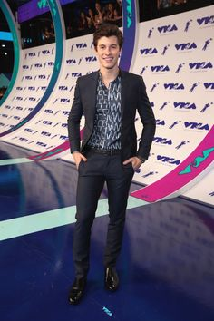 Shawn at the VMAS  He looks so PERFECT!