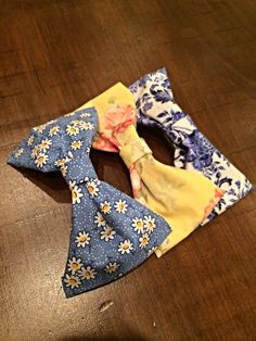 DIY step by step of how to make hair bows