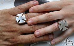 Anillos de compromiso plata. Cruz de hierro. Iron cross silver engagement rings