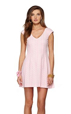 Tunic & Daytime Dresses for the Beach - Lilly Pulitzer Next year's commencement dress!