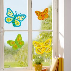 Window pictures Butterflies, craft set for 8 pieces order JAKO-O online - . Vbs Crafts, Diy And Crafts, Arts And Crafts, Paper Crafts, Easter Crafts For Kids, Summer Crafts, Diy For Kids, Kindergarten Projects, Paper Mobile
