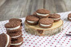 Kakaové sušenky s krémem – sladkavanilka.cz Oreos, Cookies, Recipes, Crack Crackers, Biscuits, Recipies, Cookie Recipes, Ripped Recipes, Cookie
