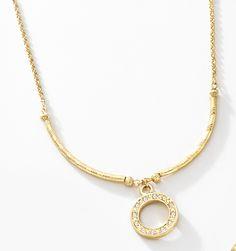 e50206da97ef Precioso collar Wore de una fina colección exclusiva de NICE. Su delicadeza  resaltará tu figura