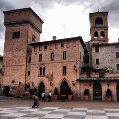Castelvetro di Modena - Instagram by alessandrodellacasa