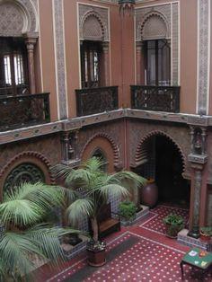 lisbonne: Restaurant Casa do Alentejo Lisbon, former Moorish Palace, spectacular courtyard & a Portuguese tiles (azulejos) treasure