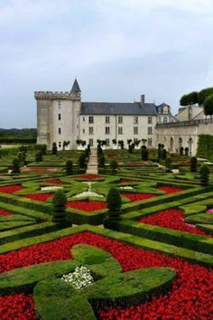 Beautiful Castles, Beautiful Gardens, Beautiful Places, Amazing Gardens, Château De Villandry, Parks, Gardens Of The World, Loire Valley, Vacation Places