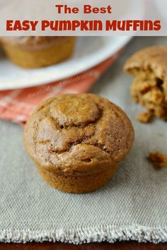 The Best Easy Pumpkin Muffins Best Easy Pumpkin Muffins – Homemade pumpkin spice muffins from scratch made in one bowl are easy to make and perfect for fall baking! from Meatloaf and Melodrama 2 Ingredient Pumpkin Muffins, Best Pumpkin Muffins, Chocolate Pumpkin Muffins, Pumpkin Muffin Recipes, Köstliche Desserts, Delicious Desserts, Easy Pumkin Desserts, Streusel Muffins, Mini Muffins