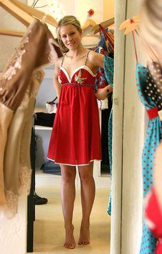 """Kristen Bell is beautiful "" Kristen Bell, Classy Women, Sexy Women, Catherine Bell, Famous Women, Celebrity Feet, Beautiful Actresses, Sexy Legs, Gorgeous Women"