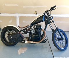 Check out Matt's custom bobber. #650 #xs650chopper #bobber #xs650chopper #xs650 #yamaha #motorcycle #xs650bobber #bike #bikelife #bikers #chopper #xs650build #choppers #caferacer #custombike #custombuilt #custombuild #motorcycles